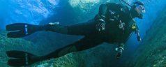 Découverte des sports sous-marins pendant les vacances d'été